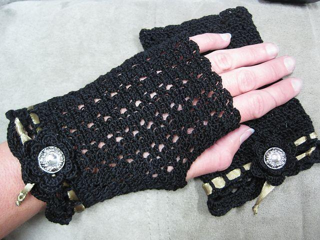 Black Lace Mitts by Lara Sue.  Free Crochet Pattern on Ravelry.