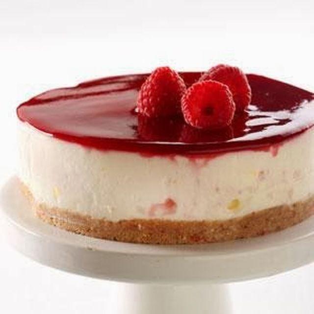 Bosbessen of frambozen  cheesecake met biscuitkoekjes bodem - Origineel Recept uit myTaste.be