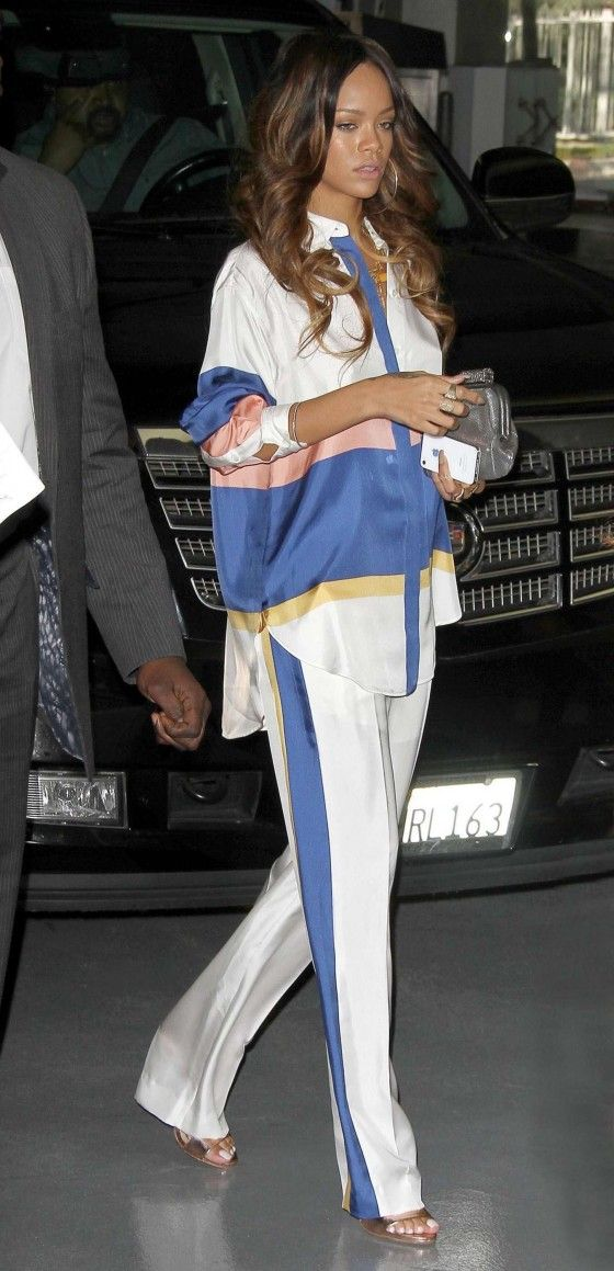 Rihanna – 2013 Pre-GRAMMY Brunch -03