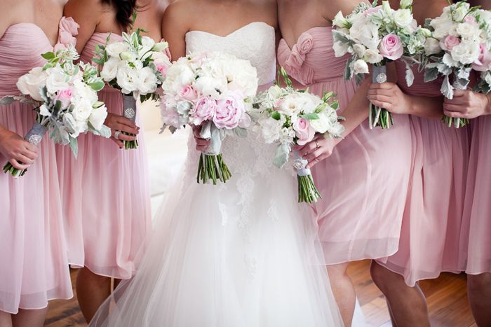 Modern Blush Pink + Gray Wedding in Long Beach | Images by Kaysha Weiner Photographer | Via Modernly Wed | 46
