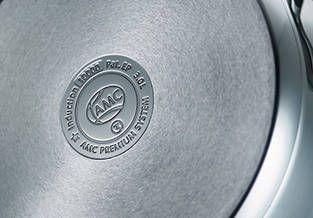 AMC Akutherm dno - Omogućava rapidnu apsorpciju i distribuciju topline. Ovime štedimo mnogo vremena i energije.