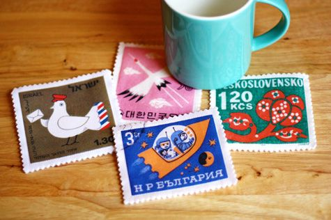 DIY felt postage stamp coasters with free downloadable postage stamp images. These also make nice snail mail gifts.