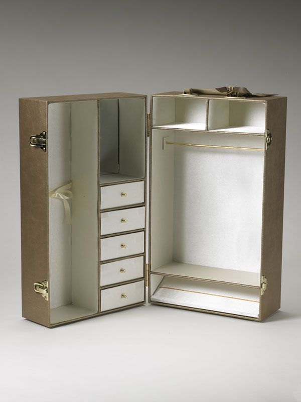 Diy Doll Case Well You Could Diy Though This Case Was Actually Offered For In 2020 Doll Furniture Diy Barbie Furniture Barbie Wardrobe