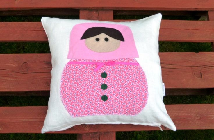 toolie - Matryoshka Doll pillow od toolie