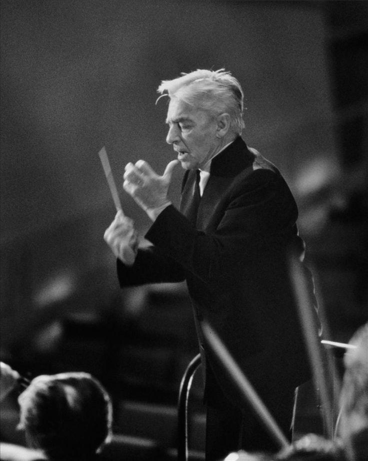 Herbert von Karajan 1908-1989 Rakousko byl rakouský dirigent. Byl jedním z nejznámějších a nejvýznamnějších dirigentů 20. stol.a byl dominantní postavou v evropské klasické hudbě od roku 1960 až do své smrti. Aranžoval hymnu Evropské unie