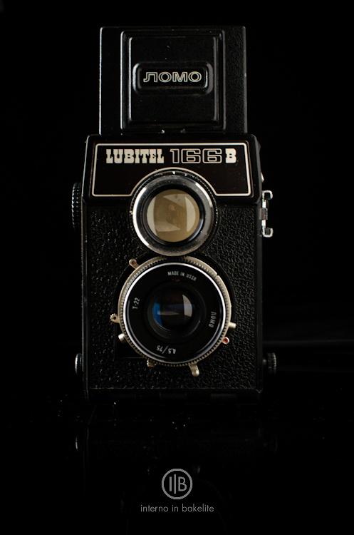 Lubitel 166 B @internoinbakelite.wordpress.comIn Natal, With A, Lubitel 166, Máquina Fotográfica, Fotográfica Brand, Photography Cameras, I, Del Muros