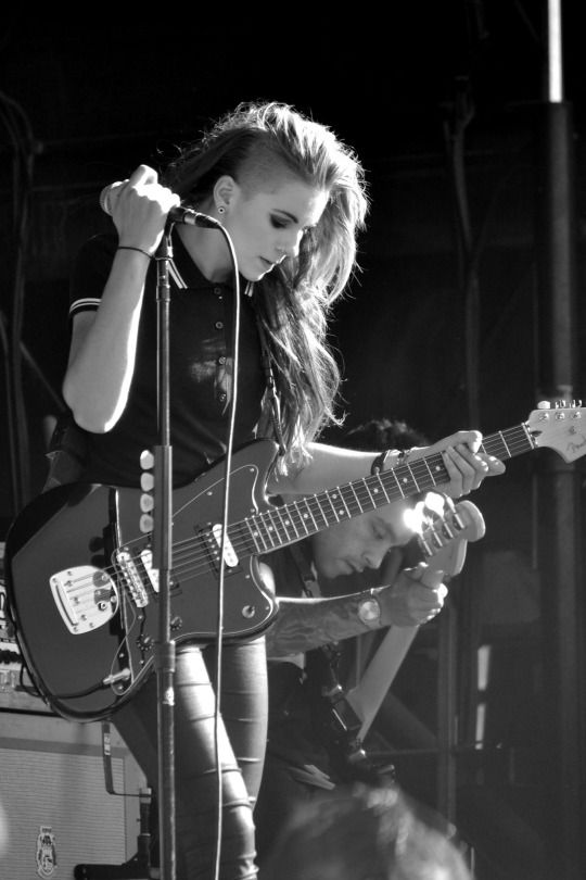 Lyndsey Gunnulfsen (Lynn Gunn) - PVRIS - Vans Warped Tour 2015