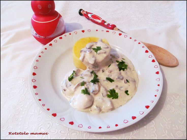 Ciulama de ciuperci cu carne de pui