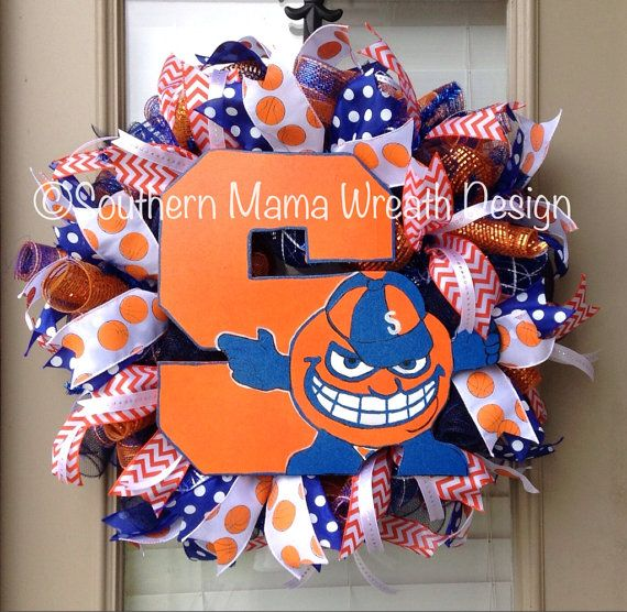 Syracuse University basketball wreath....I want this for home and for school.