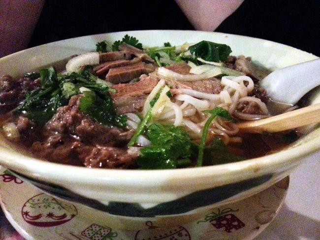 Drapeau de la Fidélité : des plats phares de la gastronomie vietnamienne à petits prix.