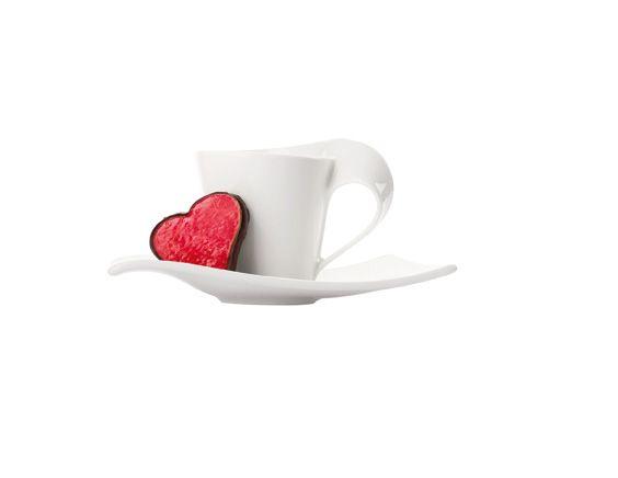 Kávový šálek a marcipánové srdce