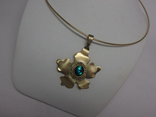 handmade jewellery - Kiki   : brass handmade  pendant and mother of pearl