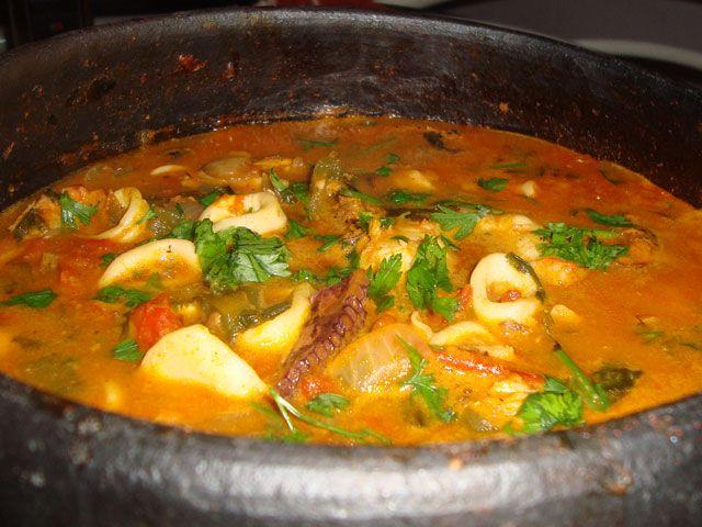 Squid stew lulas de caldeirada easy portuguese recipes for Portuguese fish stew