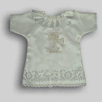 e-chrzest Versus – Google+. Czy wiecie, skąd wziął się zwyczaj przykrywania osoby chrzczonej białą szatką? #SzatkaDoChrztu #ChrzestŚwięty #chrzest