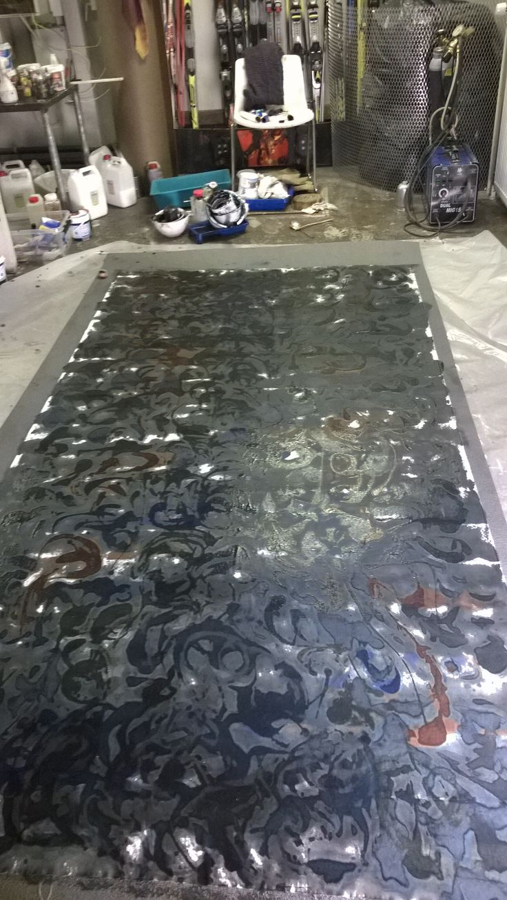 Making of a tablecloth 150 x 300 cm.