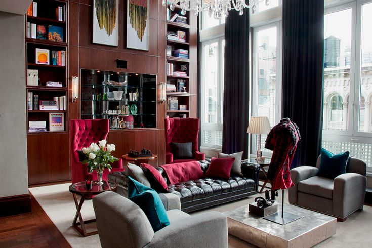 Wonderful Modern Sofas In Living Room Projects By Keech Green | Here are the most beautiful living room projects by Keech Green Architectural Interiors with modern sofas to inspire you! Find more here: http://modernsofas.eu/2016/06/16/wonderful-modern-sofas-living-room-projects-keech-green/