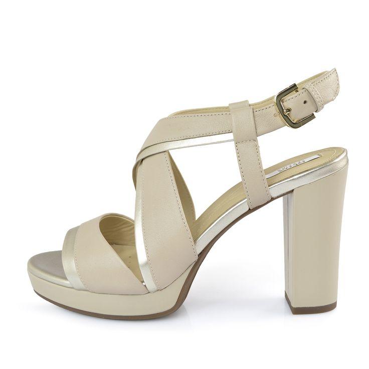 Sandalo donna Geox tacco alto | Modello dell'estate 2017 in pelle bicolore, tacco alto, fibbia sul collo del piede, fondo in gomma.