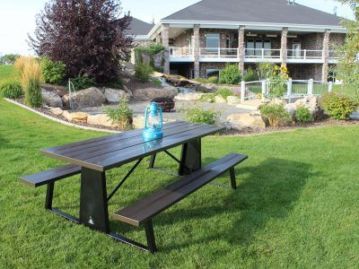 beautiful picnic table from premier picnic tables