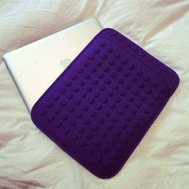 Gracias @Bolsarium Barcelona por esta preciosa funda para mi Mac ????