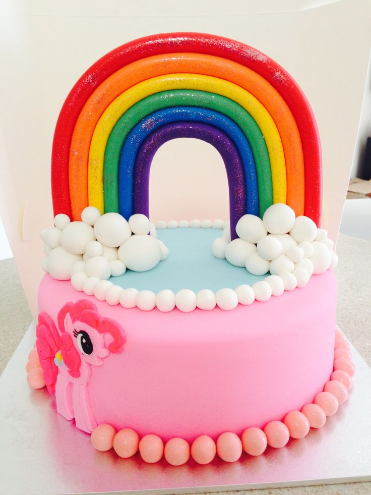 Pinkie pie cake with rainbow