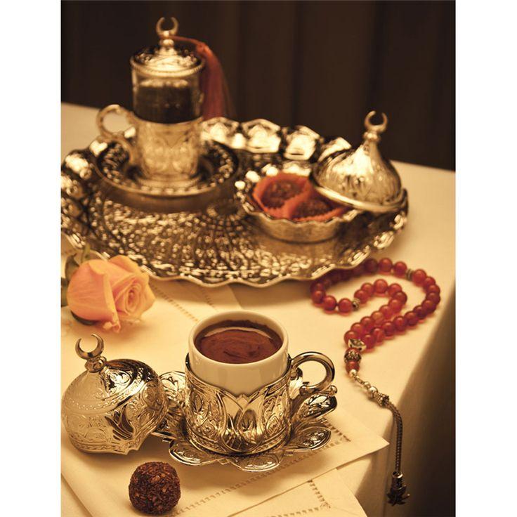 Hediyelik Gümüş Renkli Yuvarlak Tepsili Tek Kişilik Kahve Seti : Hediyelik Kahve Takımları - Duvar Saati | Masa Saati | Kol Saati | Fiyatları ve Modelleri