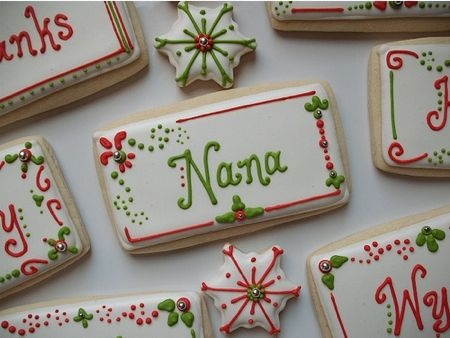 Looking for a good place-setting/name card setting for the holidays. Love this edible idea!