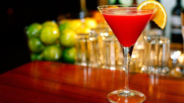 Valentijn Cocktail: Roze flirtini   VTM Koken