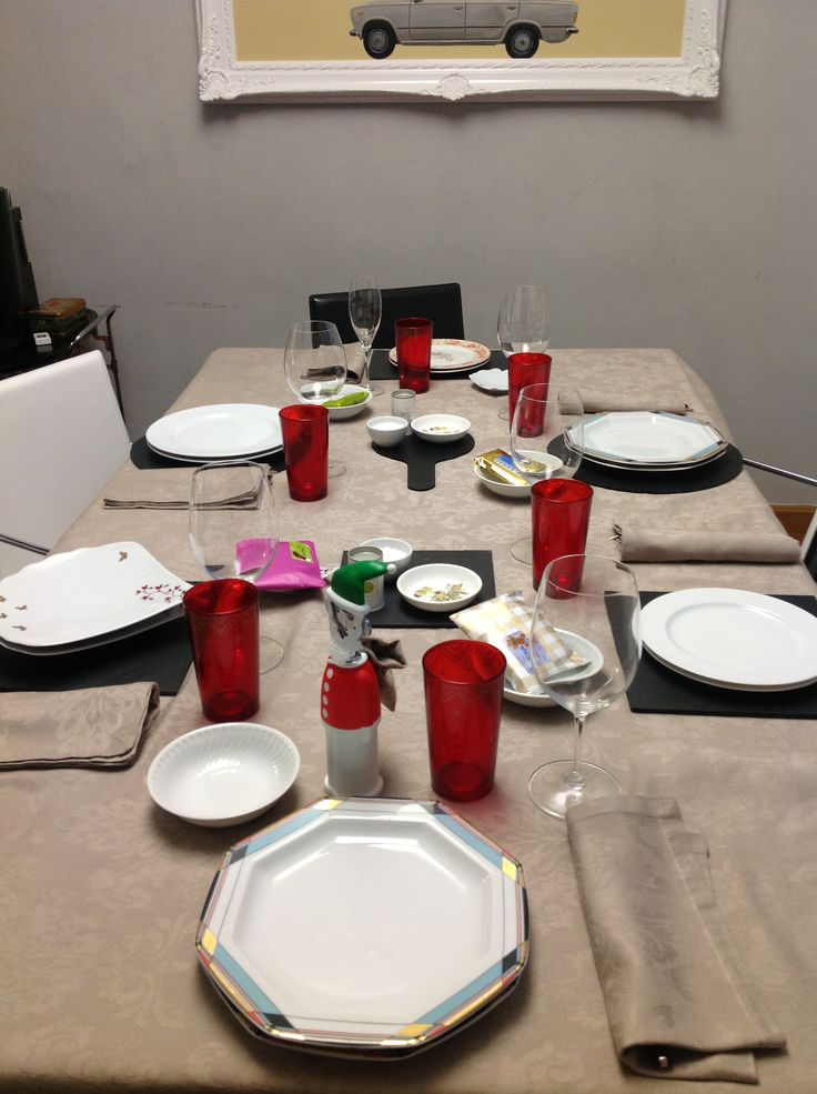 Mesa #decorada con #bajoplatos de #pizarra #platosypizarras.com #slateplates #ideasdecoracion #hogar
