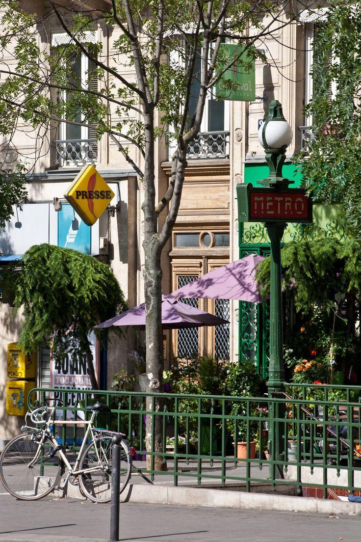 Métro Gobelins | Avenue des Gobelins, Paris 13e, France