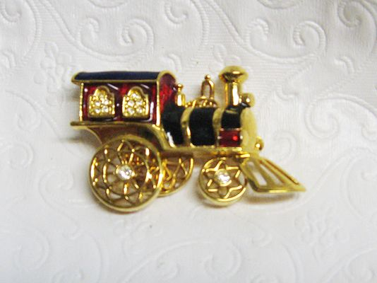 Shiny Fancy AVON Steam Engine Pin //Price: $45.00 & FREE Shipping //     #jewelry