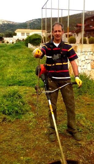 Μας έπνιξαν τα χόρτα, μας έζωσαν τα φίδια… www.hortokoptiki.gr