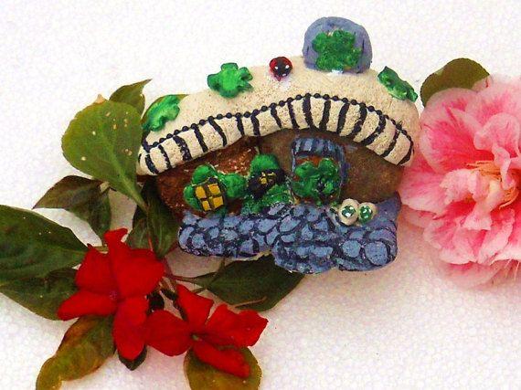 Saint Patricks Thatch roof fairy garden lodge by Carrolcreates4u