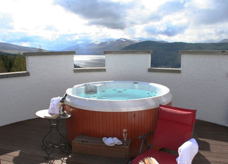 The White Tower - Rooftop hot tub