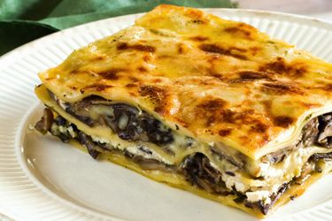 Mushroom lasagne recipe, NZ Woman's Weekly – This lasagne will become a favourite for Saturday night dinners with friends. Serve with a green salad and a glass of Pinot Noir... – foodhub.co.nz