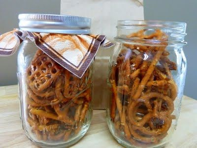 Cookin' Cowgirl: Buffalo Pretzels. Great to take to a party!