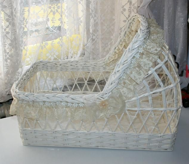 "cradle, crib, bassinet ,OOAK baby,for 21"""