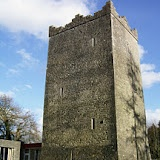 Ross Castle, with a real ghost. A B where you can stay and get haunted and scared !: Ross Castles, Favorite Places, Kerry Scholz, Real Ghosts, Irish Castles, Castles Features, Castles B B, Haunted Locations, Famous Haunted