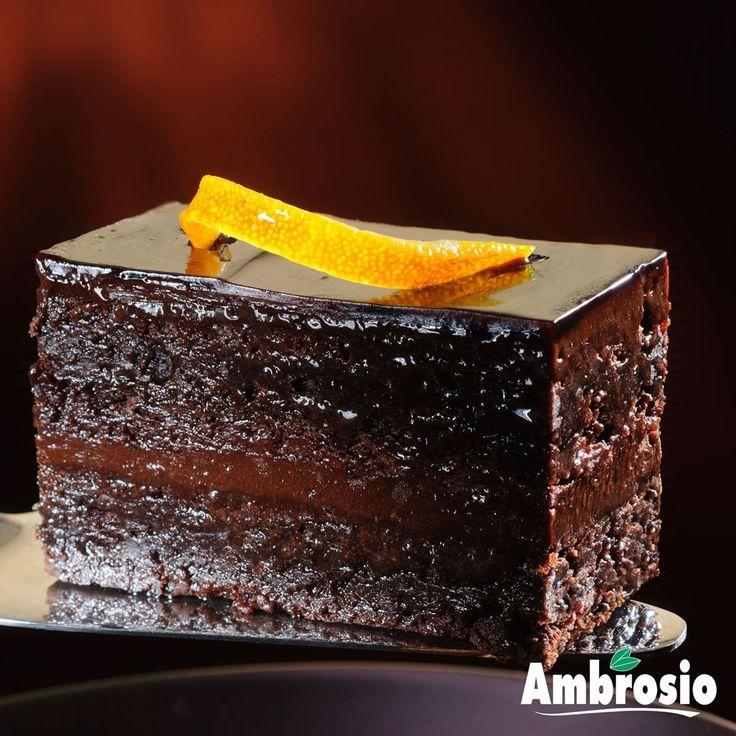 #Brownie al #Cioccolato #fondente con #Scorzetta d'#Arancio #Ambrosio - IDAV SPA  Un'esplosione di sapori da provare almeno una volta nella vita �� #food #chocolate #dessert #instafood #yummy #sweet #delicious #instagood #birthday #foodporn #love #yum #birthdaycake #tasty #desserts #eat #instacake #cupcakes #amazing #foodpics #icecream #cakes #happy #dessertporn http://misstagram.com/ipost/1549245389088797176/?code=BWABnkejLH4