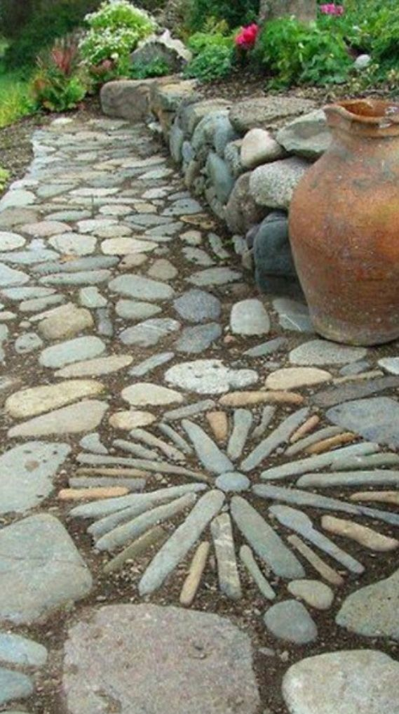 17 best ideas about stepping stone paths on pinterest