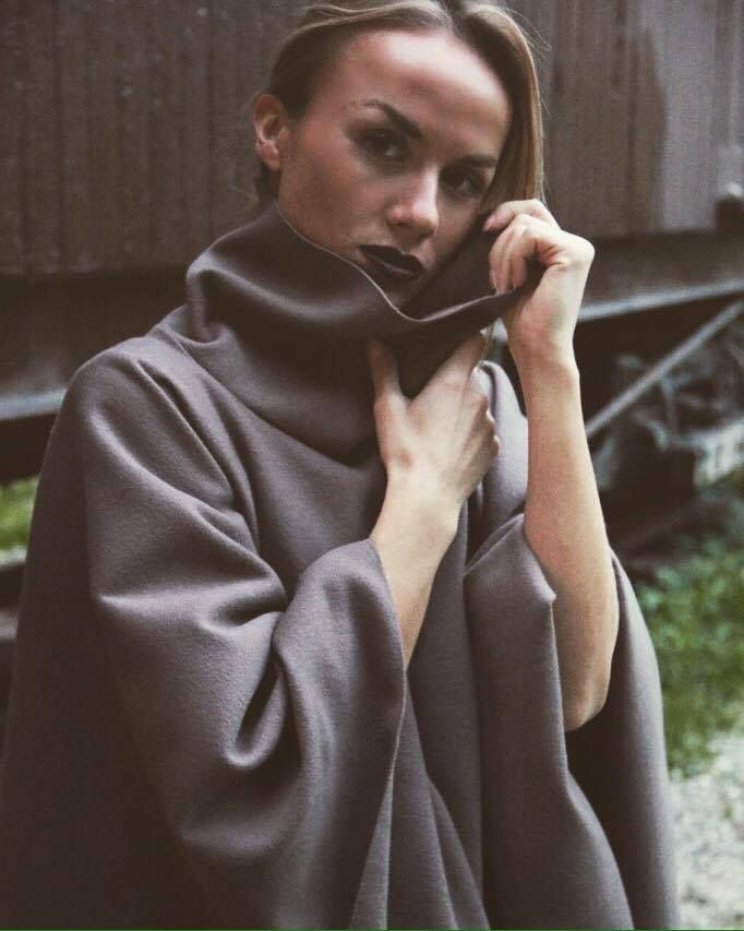 "H-ēra ""Balzac"" cape  from FW1516 ""Urban Souls"" Collection More @ www.h-era.com"
