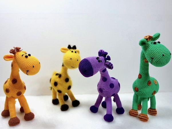 Häkle Dir jetzt Deine eigene Giraffen-Herde. Die Mini-Tiere sind total süß, s