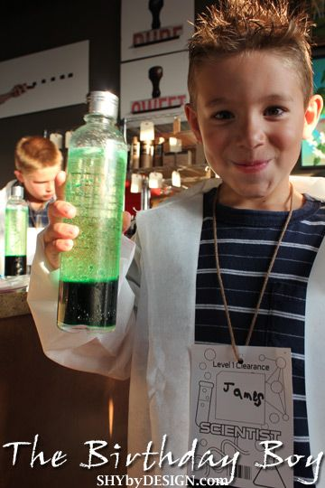 Love the idea of having the kids do science experiments instead of 'party games'. Way to make it unique and FUN!