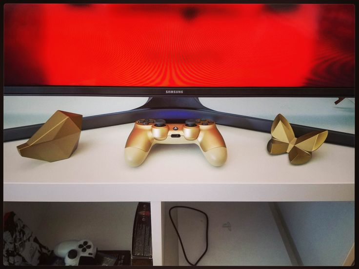 [Image] Gold controller matches really well with decor from IKEA #Playstation4 #PS4 #Sony #videogames #playstation #gamer #games #gaming