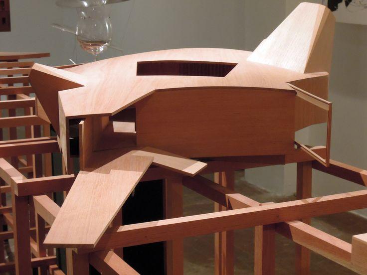Fachada principal - Modelo em madeira