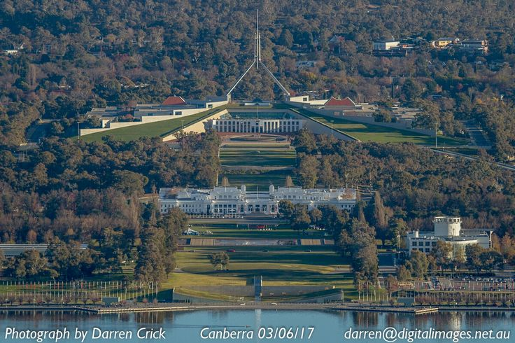 Every visitor to #Canberra would have to have a shot like this from mount Ainslie right?? #cbr #canon #photography CBR EventsACT