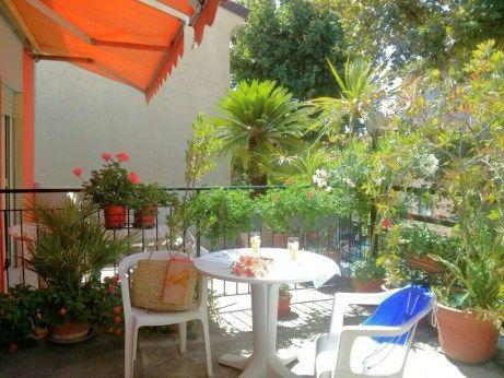 Un piccolo aperitivo in terrazza www.hotelmorchio.com www.hotelmorchiodiano.wordpress.com