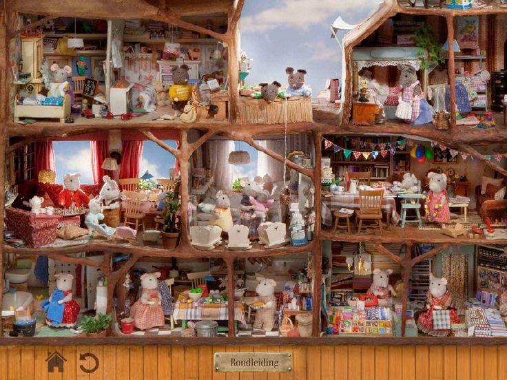 De app van het muizenhuis sluit aan bij het boek van Het Muizenhuis. Het boek gaat over Sam en Julia die beide in Het Muizenhuis wonen en daar samen allerlei avonturen beleven.