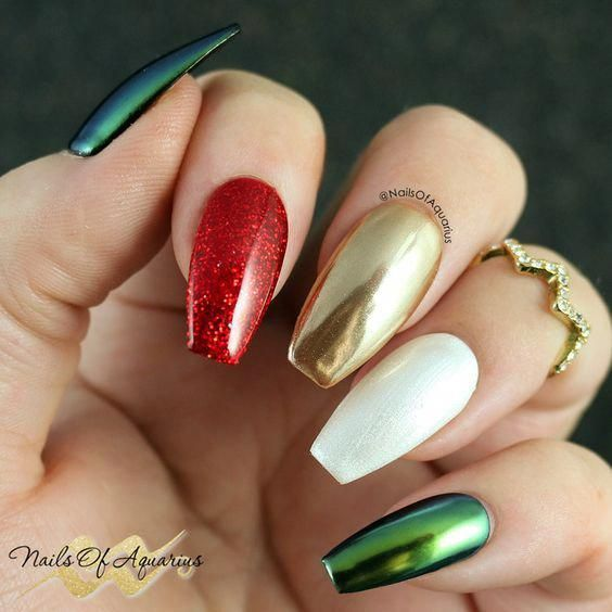 38 Amazing Christmas Nail Ideas For 2018 Christmas Short Nails Christmas Coffin Nails Chri With Images Xmas Nails Christmas Nails Acrylic Cute Christmas Nails