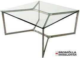 Caroll, fyrkantigt soffbord i rostfritt stål och glas.   Mått: 90x90 cm