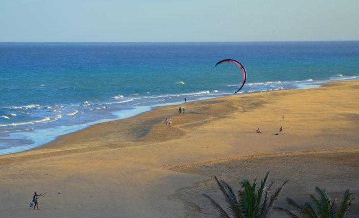 #Fuerteventura - http://przewodnikhiszpania.pl/aktualnosci/film-o-fuerteventura-121/